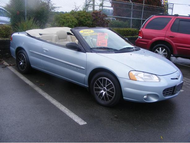 HARRIS CHEV...PARKSVILLE CLEARANCE CENTRE..01 SEBRING CONVERTABLE