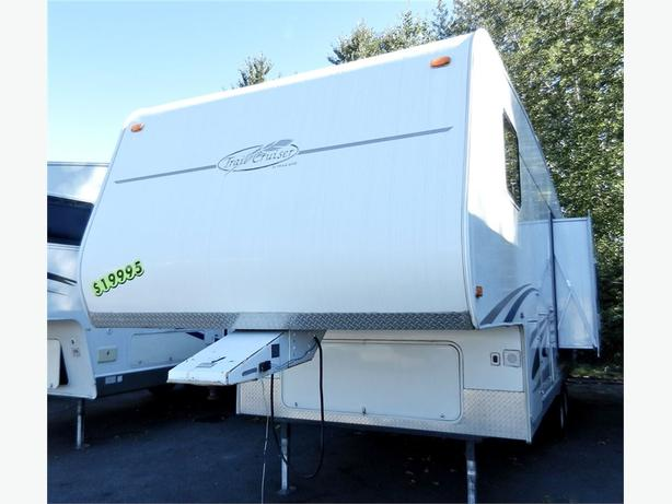 2005 Trail-Cruiser TC527 - This unit is priced to go Come take a look -