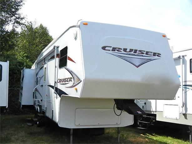 2008 Crossroads RV 31 - Three slides for full comfort and resident... -
