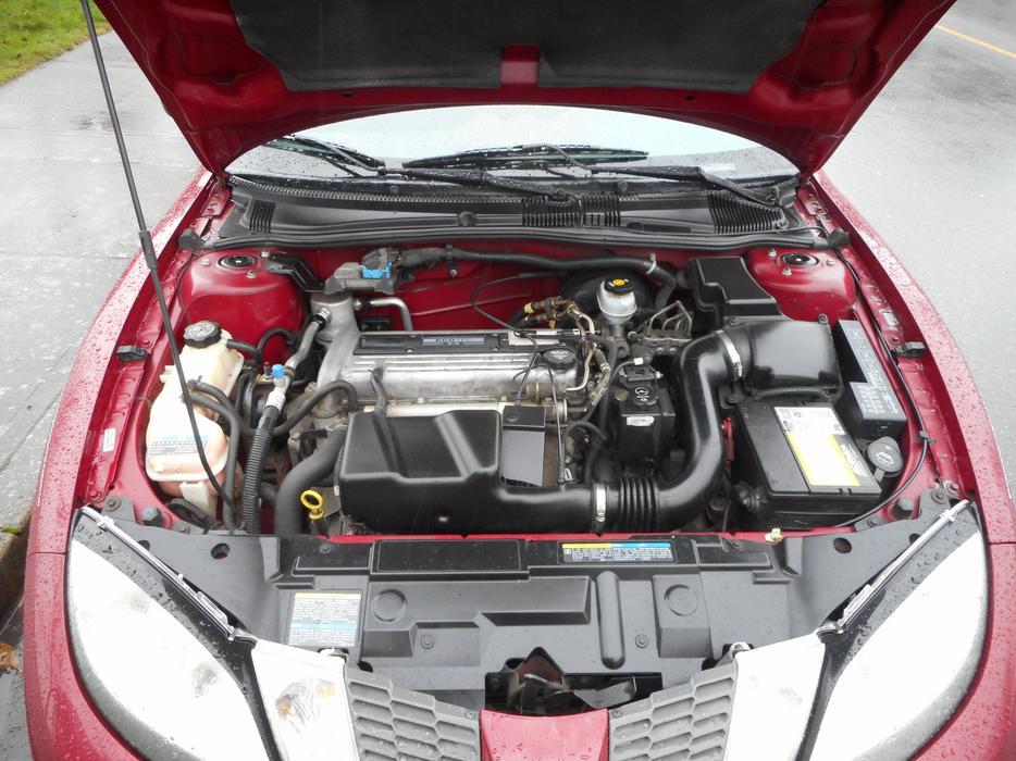 2005 pontiac sunfire auto 4 cylinder 124kms esquimalt. Black Bedroom Furniture Sets. Home Design Ideas