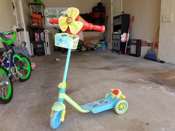 Kids Scooter with music
