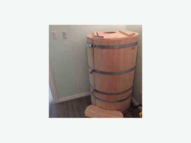 wanted mini cedar barrel 1 person steam sauna victoria. Black Bedroom Furniture Sets. Home Design Ideas