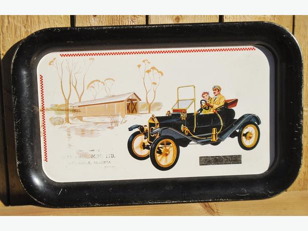 VINTAGE 1910 FORD TORPEDO CAR TRAY GRAPHICS PROMO ITEM C.1960/70