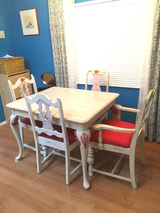 Dining Room Table And 4 Chairs Esquimalt Amp View Royal