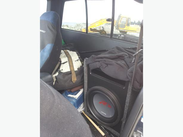 "12"" Alpine Type-R Sub, Ported carpeted box, Amp attached"