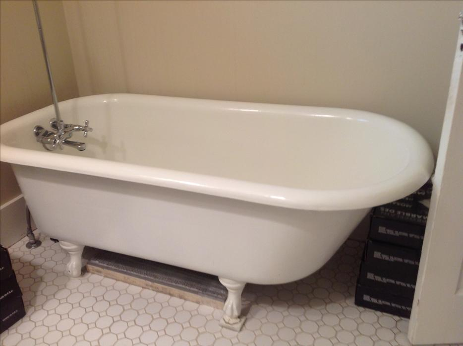 Cast Iron Clawfoot Tub And Shower Accessories Oak Bay Victoria