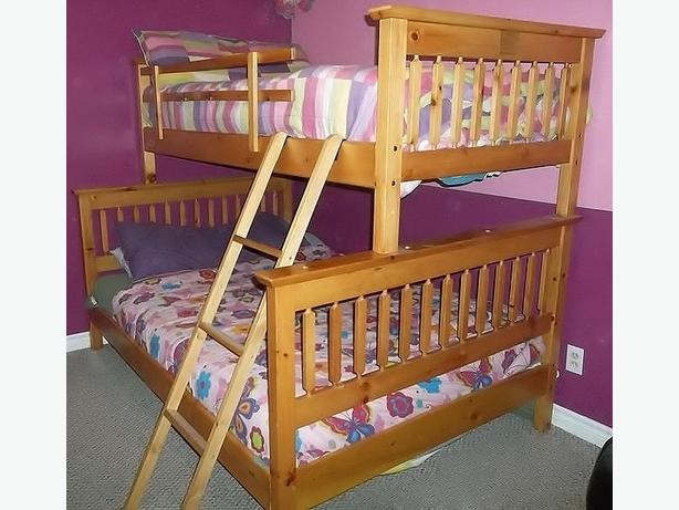 Solid wood bunk bed single over double with desk north for Good quality single beds