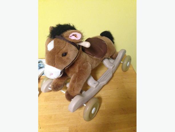 ride on / rocking horse