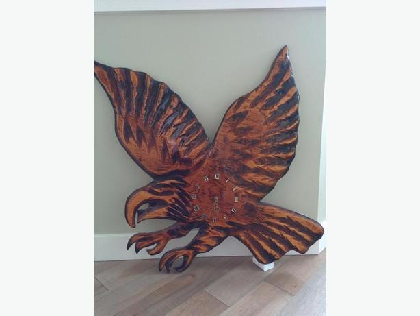 Eagle clock for your rec-room or man cave.