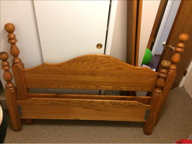 Solid Wood Queen Bedframe