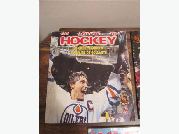 Hockey sticker albums and loose stickers