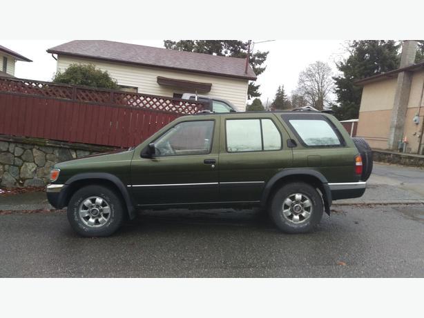 4x4 98 Pathfinder Se Victoria City Victoria