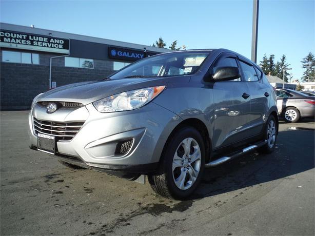 2013 Hyundai Tucson GL - Accident Free, Hitch Receiver, AC