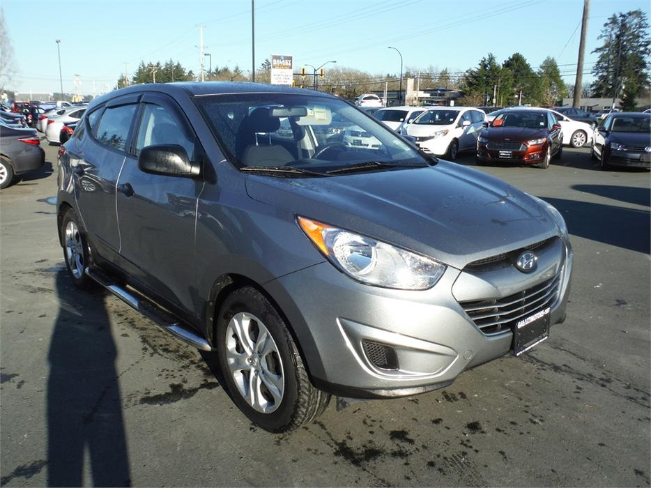 2013 hyundai tucson gl accident free hitch receiver ac duncan cowichan mobile. Black Bedroom Furniture Sets. Home Design Ideas