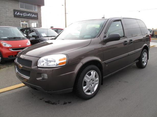 2008 Chev Uplander,109,000K,6 passenger,Winter tires,Immaculate