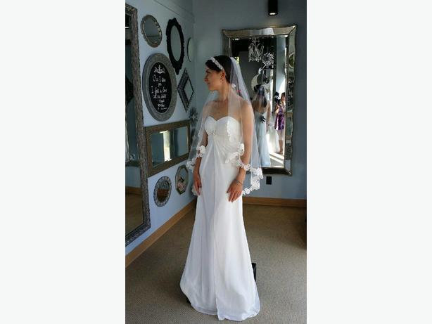 Wedding / Bridesmaid Dress Venus Goddess SIZE 4 Ivory
