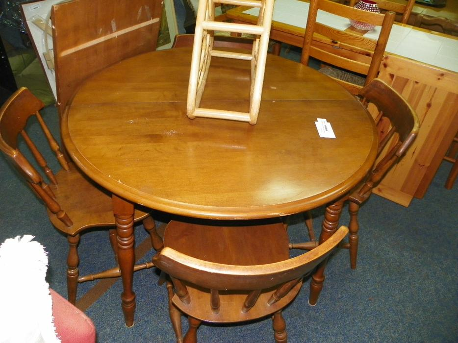 Dining sets available central nanaimo nanaimo mobile for Consignment furniture clearwater