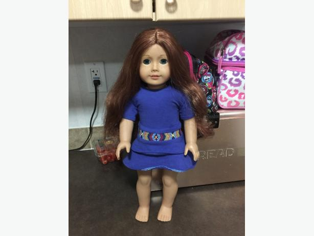 american girl doll of the year 2013 Sage. excellent shape. hardly touched