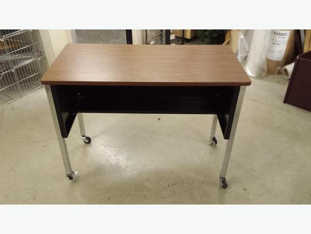 Used Mobile Table