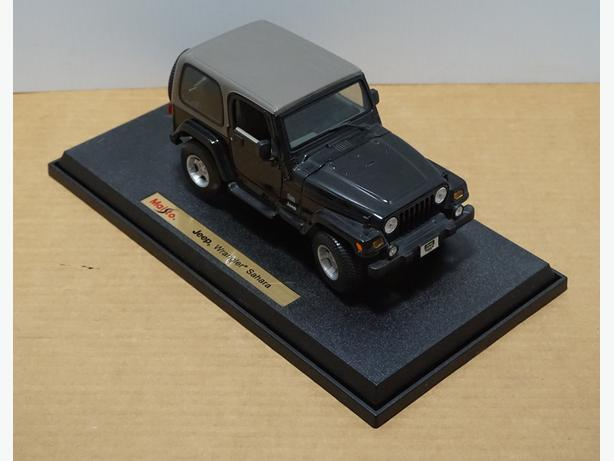 """Jeep Wrangler Sahara"" Die-Cast 1:18 Scale Model by Maisto – Good Condition"