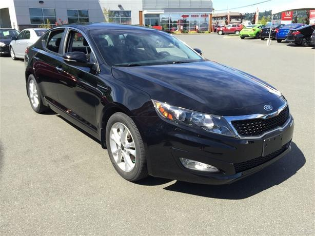 2011 Kia Optima EX | AUTO | LEATHER | ONE OWNER | BLUE TOOTH