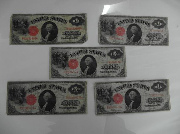 set of 5 1917 U.S. $1 bills