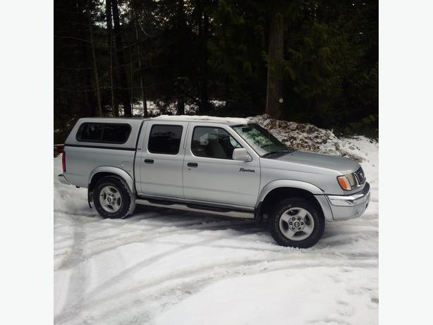 FOR-TRADE:2000 NIssan Frontier SUPER LOW KM