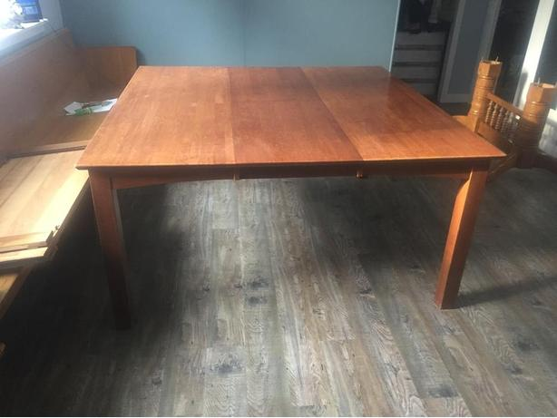 Table and chairs reduced to $250 got to go! OBO.