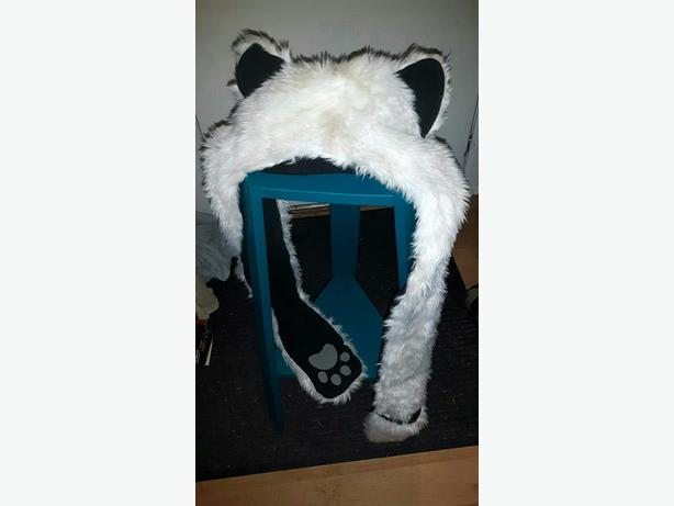 Eared toque with attached scarf or arms with mitts/paws