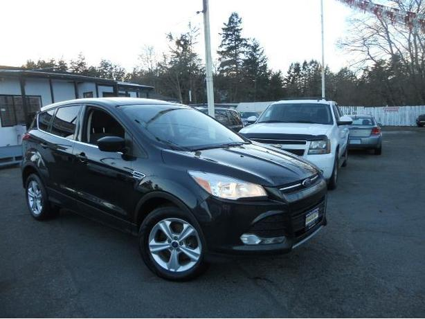 2013 Ford Escape 4x4! Finance Today!