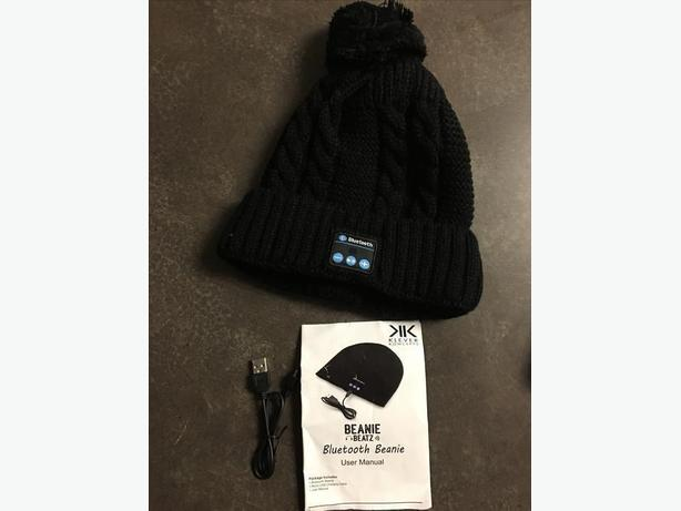 New wireless Bluetooth beanie hat headphones