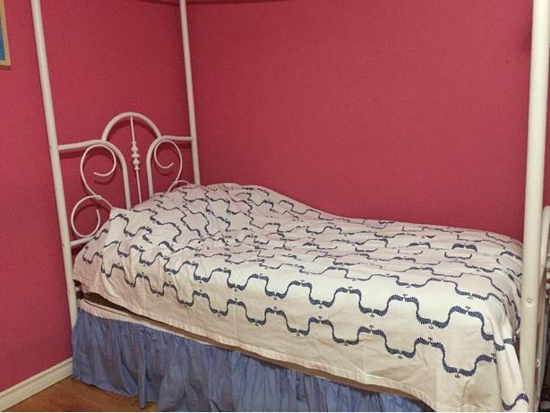 4 poster single bed