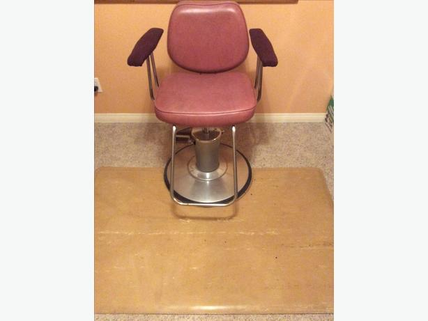 Hair Dresser's Hydraulic Chair