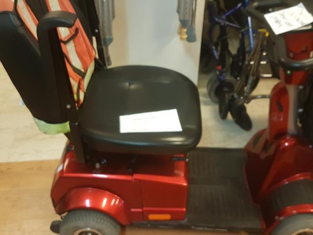 Red Fortess 1700 DT Scooter