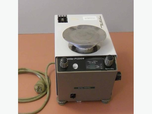 Mettler P1200N Analytical Balance Scale. Lab Equipment.