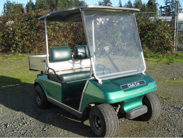 ELECTRIC GOLF CART (CLUB CAR)