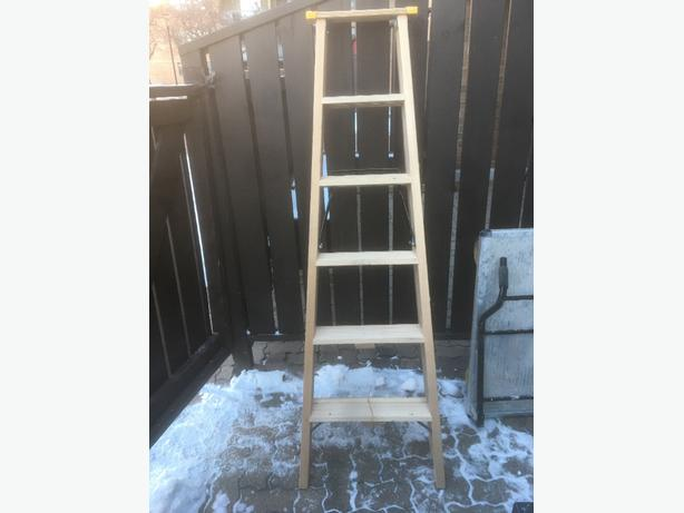 6' heavy duty wooden step ladder
