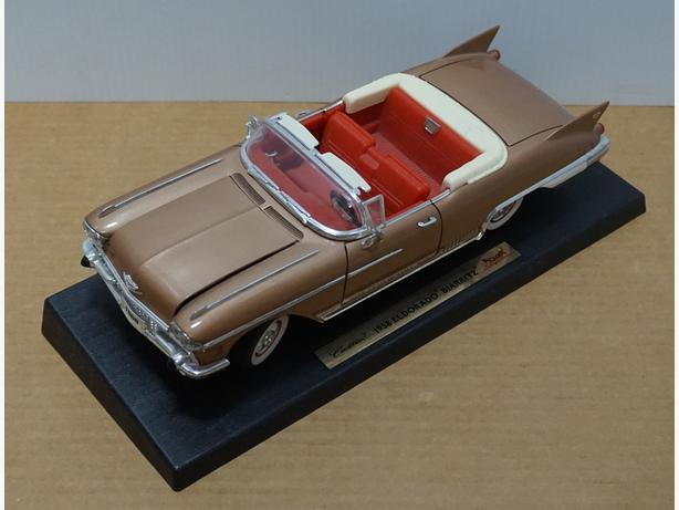"""Cadillac Eldorado Biarritz 1958"" Die-Cast 1:18 Scale Model by Road Signature"