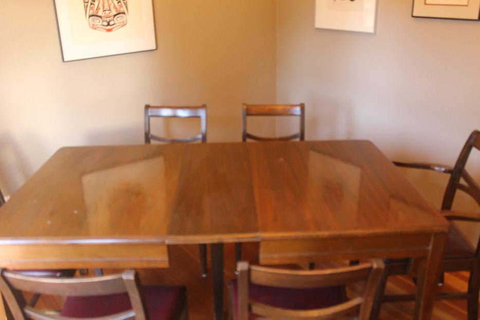 Dining Room Chairs Kijiji Guelph Beautiful Wooden Table Hutch Oak