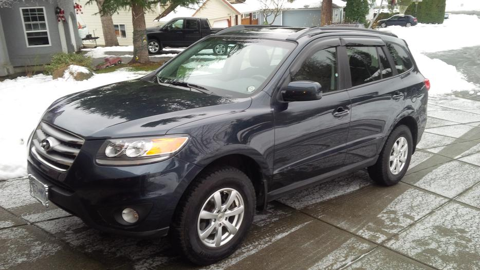 2012 hyundai santa fe 3 5 awd low kms courtenay campbell. Black Bedroom Furniture Sets. Home Design Ideas