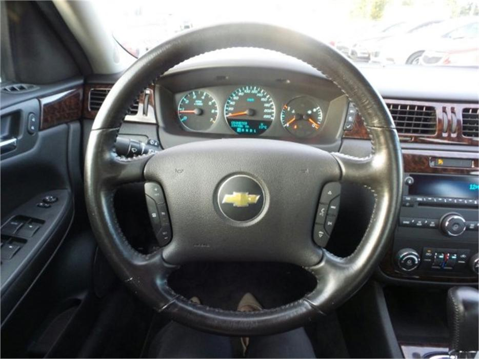 2013 Chevrolet Impala Lt W Bluetooth Outside Victoria Victoria Mobile