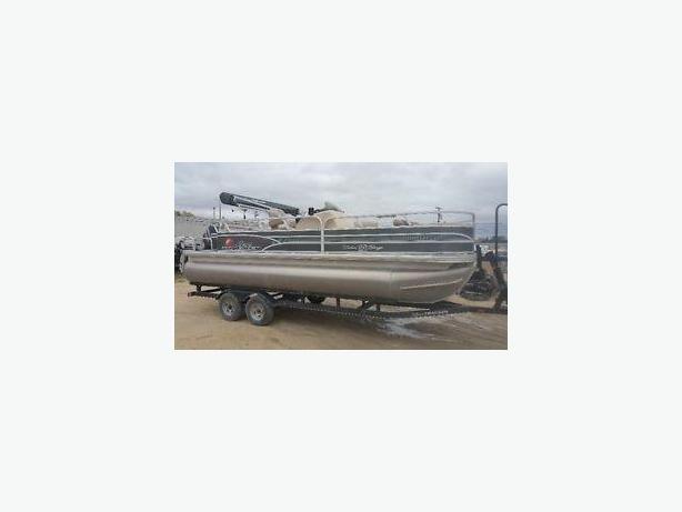 2015 Suntracker 22 Fishin Barge with Mercury 115 Pro XS Motor