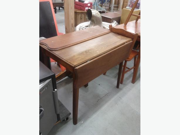 Wood Drop Leaf Table