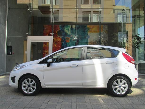 2012 Ford Fiesta SE - ON SALE! - 56,*** KM! - HEATED SEATS!