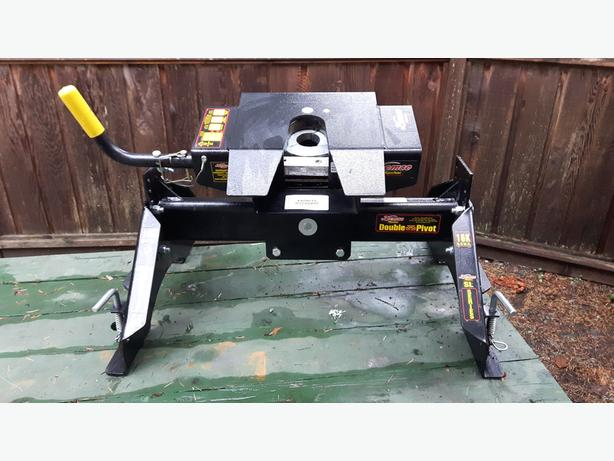 "Demco""Hyjacker"" Double pivot 5th Wheel Hitch"
