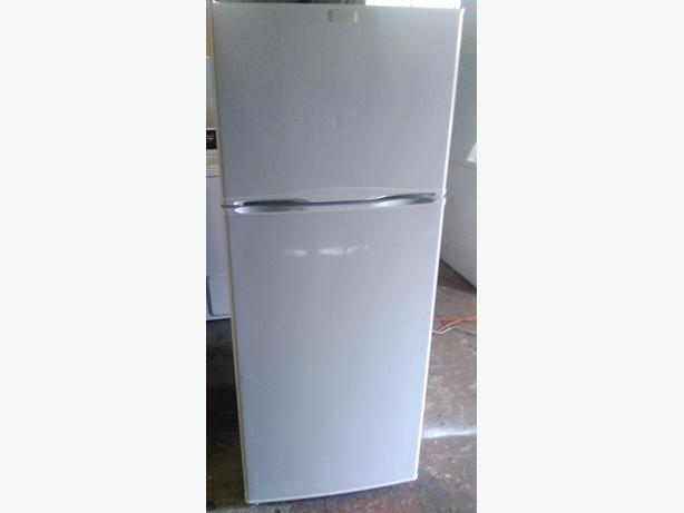 Best Frigidaire Apartment Size Refrigerator Gallery - Decorating ...