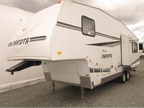 2006 FLEETWOOD TERRY DAKOTA 255RKS