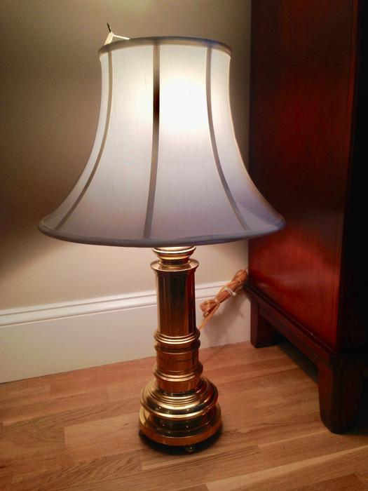 Salt Lamps Kamloops : 2 Golden Lamps in working order Victoria City, Victoria