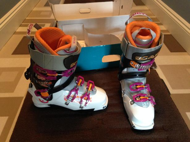 Brand New Women's Scarpa GEA RS Alpine Touring Ski Boots