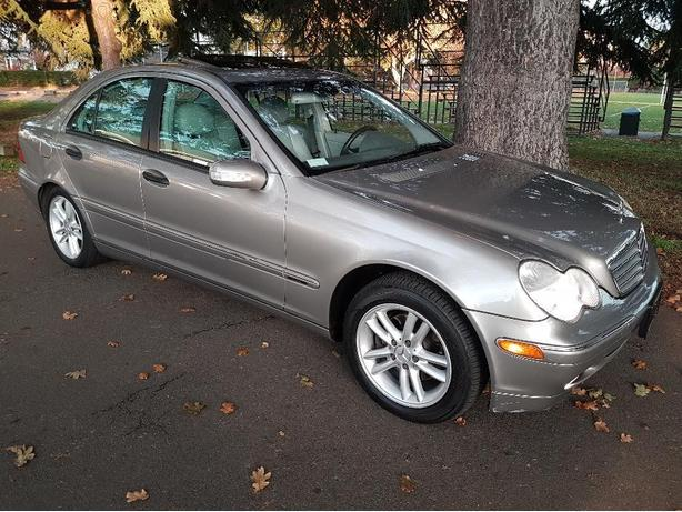 2004 mercedes benz c230 sedan low km fantastic low price for Low cost mercedes benz